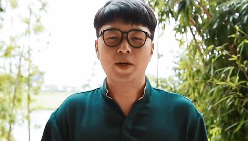 杜海涛卫莱亲到嘴疼